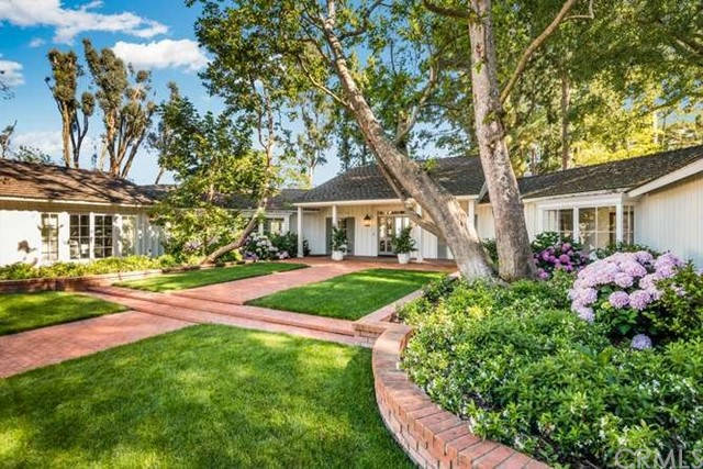87 Crest Road, Rolling Hills, California 90274, 4 Bedrooms Bedrooms, ,4 BathroomsBathrooms,For Sale,Crest,PV21007651