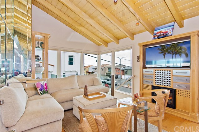 2704 Hermosa Avenue, Hermosa Beach, CA 90254