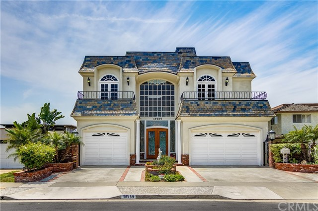 16989  Edgewater Lane, Huntington Beach, California