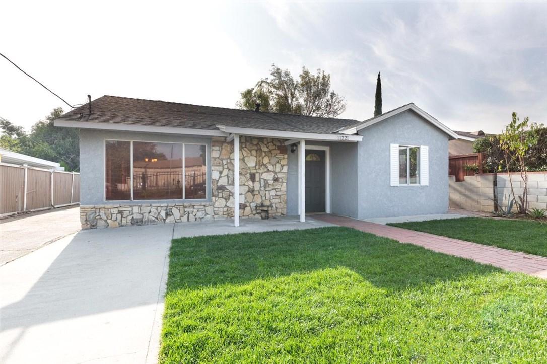 11221 Amboy Avenue, San Fernando, CA 91340