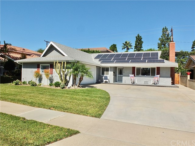 New listing in New Dutchaven Neighborhood of Los Alamitos