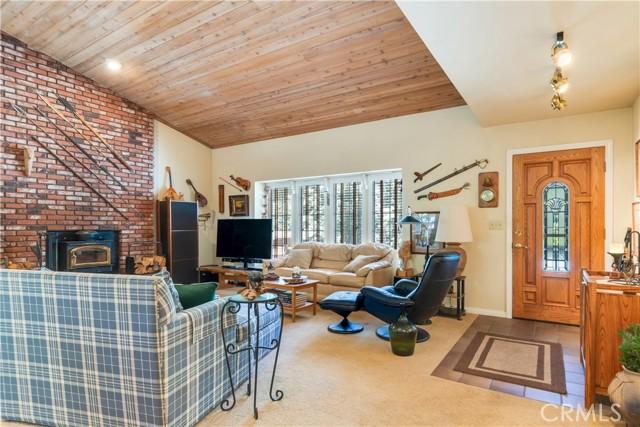 10. 6315 Sugar Pines Circle Angelus Oaks, CA 92305
