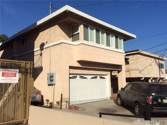 220 W Santa Cruz, San Pedro, CA 90731
