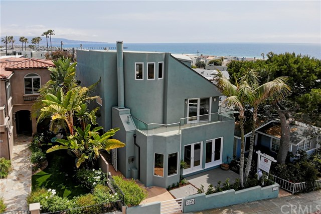 316 24th Street, Hermosa Beach, California 90254, ,For Sale,24th,SB21042072