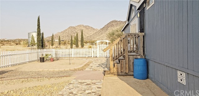 37651 Mercury Rd, Lucerne Valley, CA 92356 Photo 10