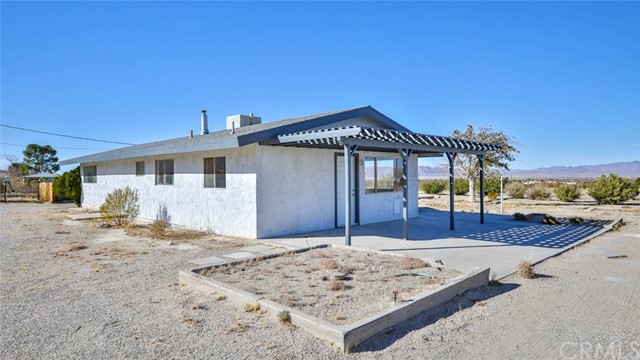 36368 Cochise Tr, Lucerne Valley, CA 92356 Photo 3