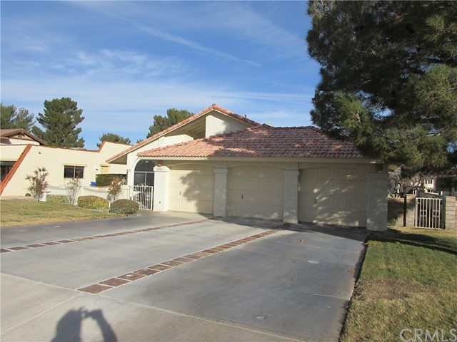 27893 Fairacres Lane, Helendale, CA 92342