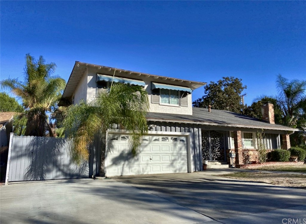 25112     Highspring Avenue, Newhall CA 91321