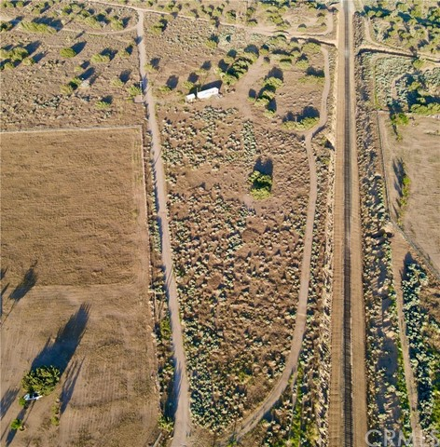 8729 Aster Rd, Oak Hills, CA 92344 Photo 3