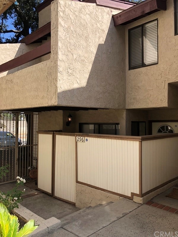 296 N Mar Vista Av, Pasadena, CA 91106 Photo 0