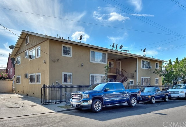 1680 W 22nd Street Avenue, Los Angeles, CA 90007