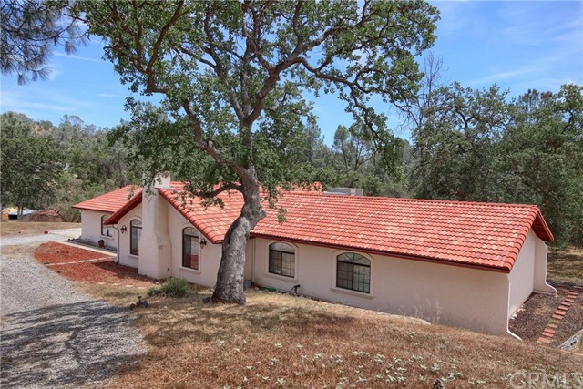 42704 Deep Forest Drive, Coarsegold, CA 93614