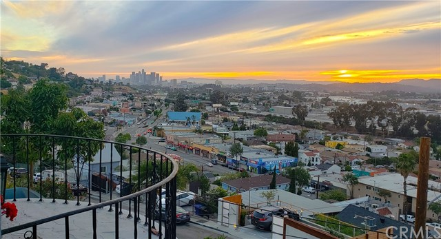 31. 4216 Woolwine Drive City Terrace, CA 90063