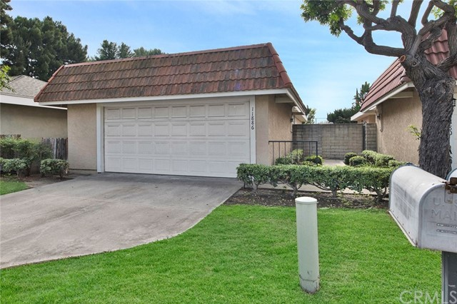 11886 Geode Ave, Fountain Valley, CA 92708