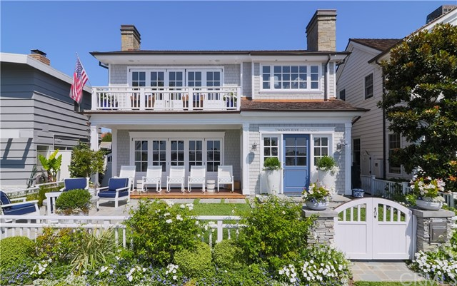 2561 Bayshore Drive | Bayshores (BSHR) | Newport Beach CA