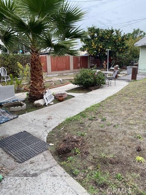 1681 256th St, Harbor City, CA 90710 Photo 2