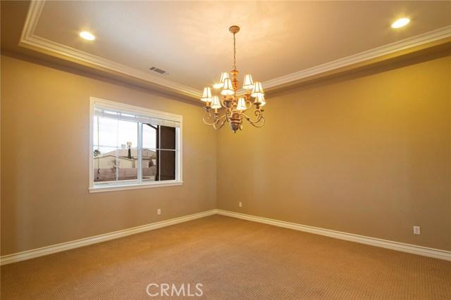7560 Royal View Ln, Oak Hills, CA 92344 Photo 27
