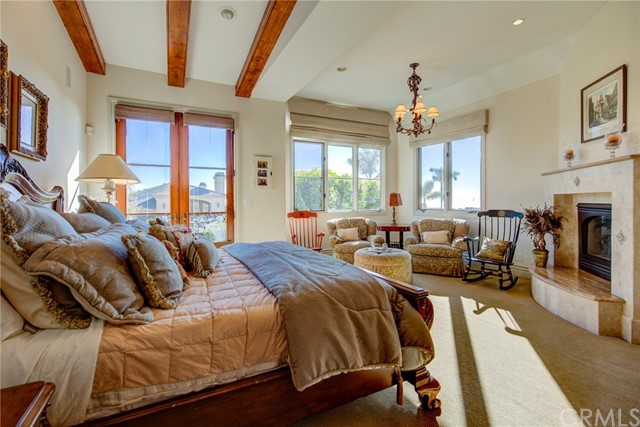 865 3rd Street, Manhattan Beach, California 90266, 4 Bedrooms Bedrooms, ,4 BathroomsBathrooms,For Sale,3rd,SB20237120