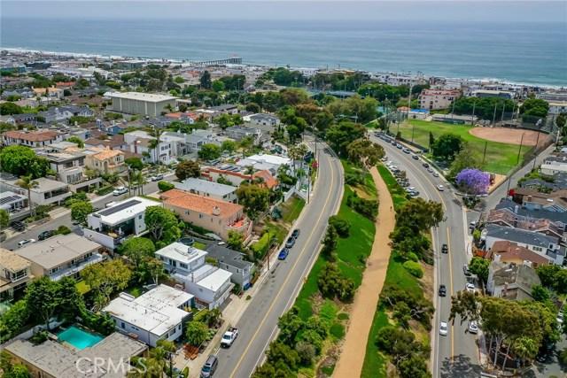 1944 N Ardmore Avenue, Manhattan Beach, CA 90266