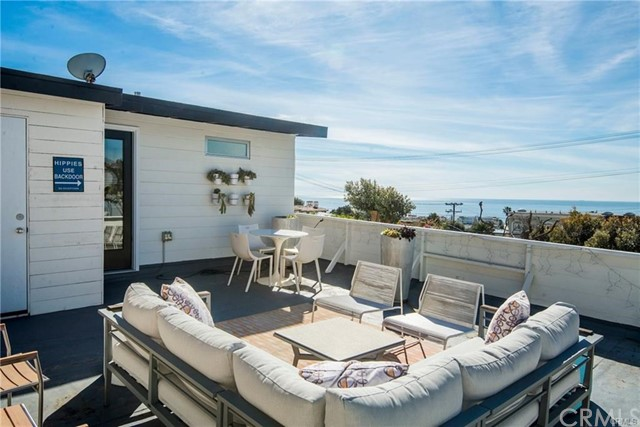 703 Longfellow Avenue, Hermosa Beach, CA 90254