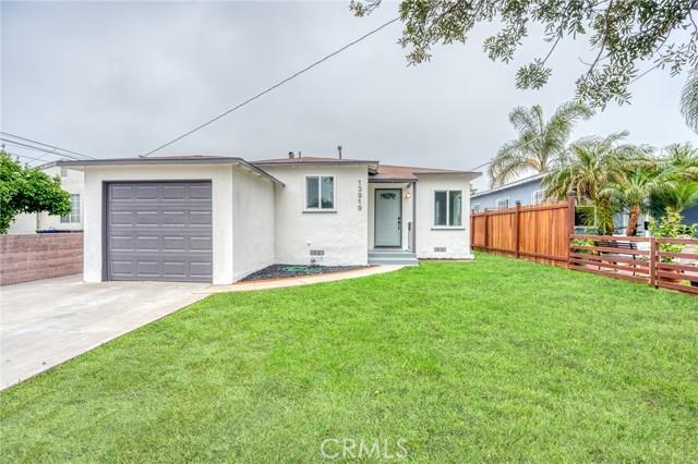 13919 Washington Ave, Hawthorne, CA 90250