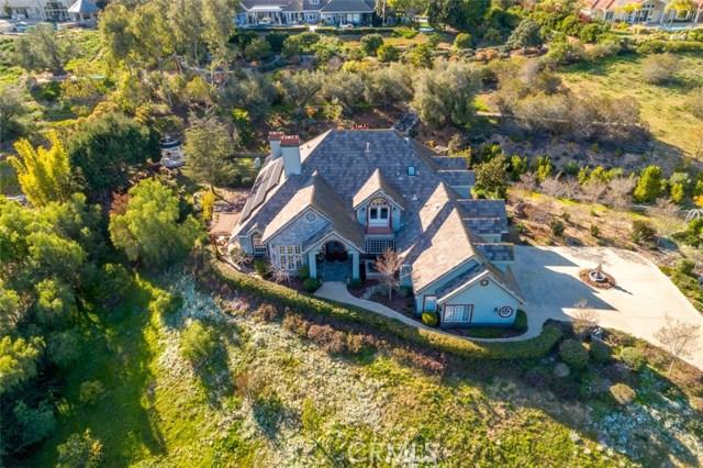 19 Rolling Wood Lane, Fallbrook, CA 92028