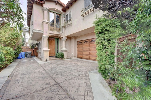 2015 Harriman Lane B, Redondo Beach, California 90278, 4 Bedrooms Bedrooms, ,2 BathroomsBathrooms,For Rent,Harriman,SB18259023