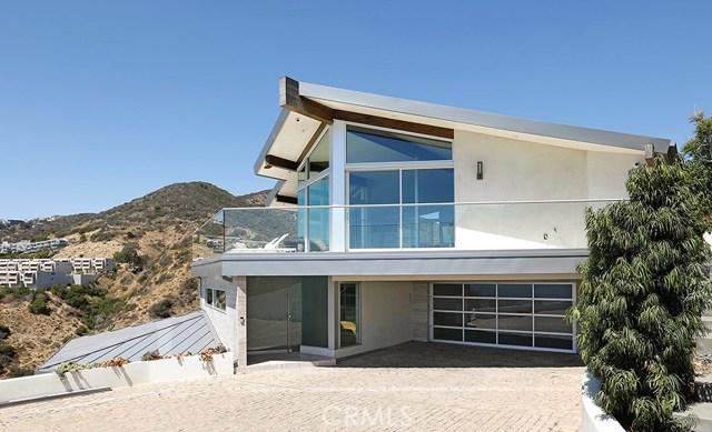 Photo of 31105 Holly Drive, Laguna Beach, CA 92651