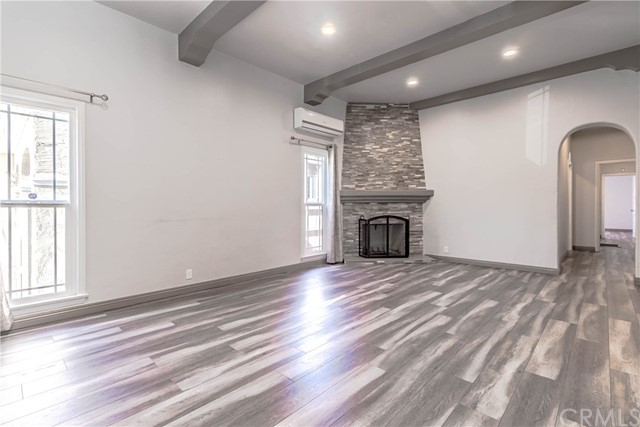 1249 W 81st Place, Los Angeles, CA 90044