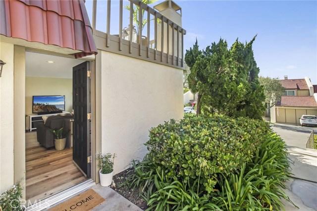61 Cresta Verde Drive, Rolling Hills Estates, California 90274, 2 Bedrooms Bedrooms, ,1 BathroomBathrooms,Townhouse,For Sale,Cresta Verde,SB20038834