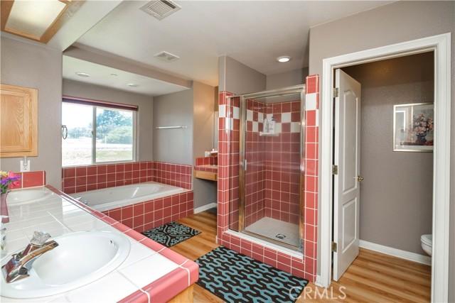 9875 Alta Mesa Rd, Oak Hills, CA 92344 Photo 18