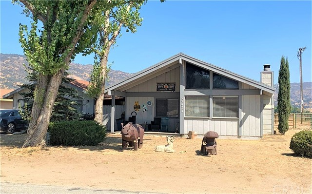 29427 Pinedale Dr, Tehachapi, CA 93561 Photo