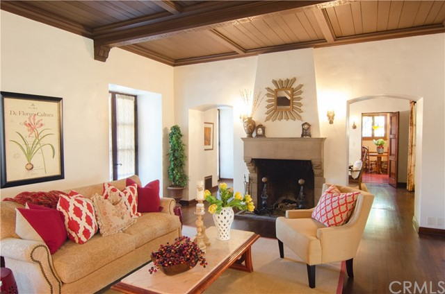 242 S Hill Av, Pasadena, CA 91106 Photo 9