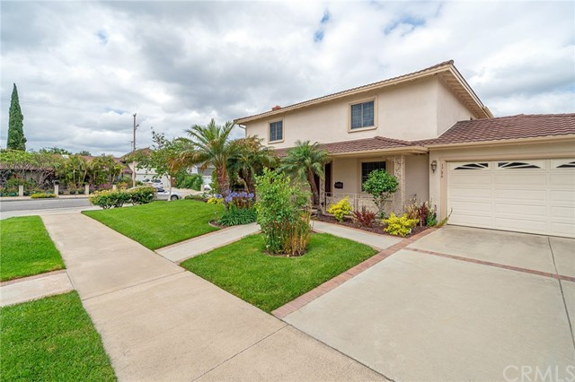 1786 N Shattuck Place, Orange, CA 92865