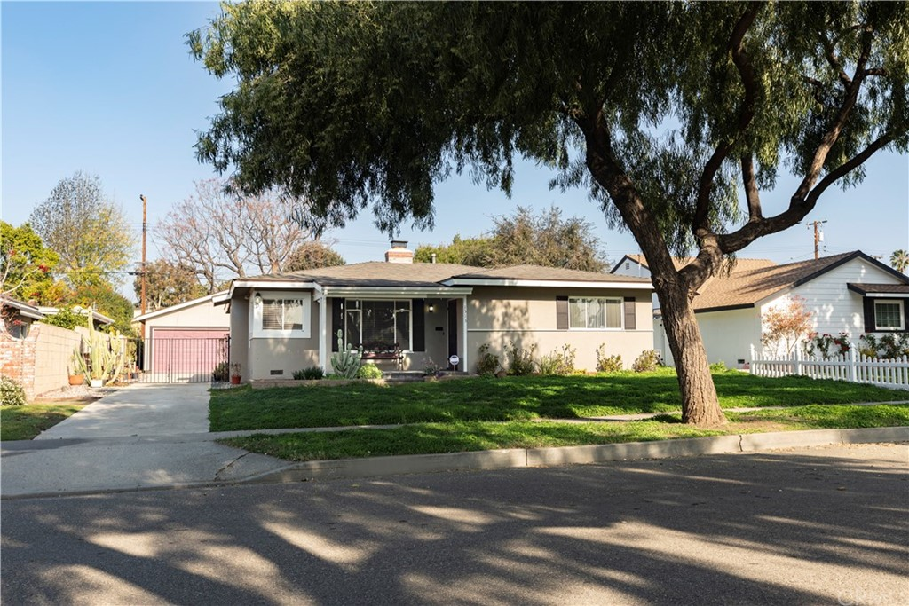 Where can you find a 4 bedroom 1576 sq. ft. home (4th bedroom set up as family room) with a 6 CAR 1242 sq. ft. GARAGE and 8580 sq. ft. lot in a beautiful neighborhood for just $635,000? No where else in Fullerton but here.  The house requires updating and new landscape but the many options the 6 CAR GARAGE offers gives the property a huge upside.  The Garage can be converted into a 1200 sq. ft. rental unit which could greatly improve the value of the property.  The spacious GARAGE would be ideal for home a based business, photographer's studio, or car collector.