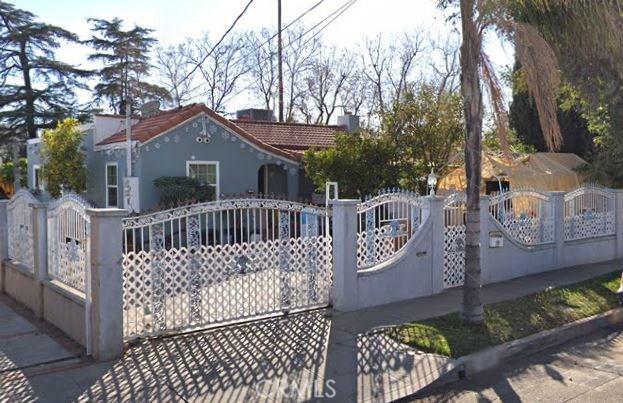 11318 Miranda Street, North Hollywood, CA 91601