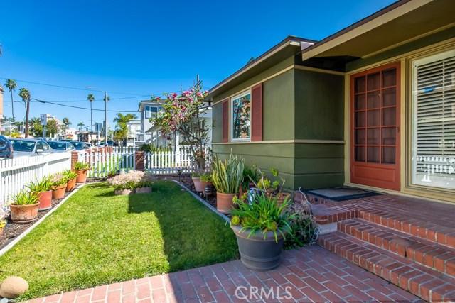 176 Quincy Avenue, Long Beach, CA 90803