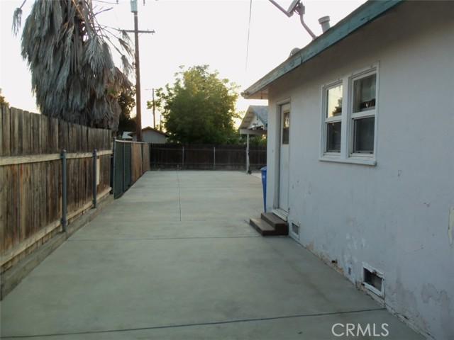 7. 1024 Kaweah Street Hanford, CA 93230