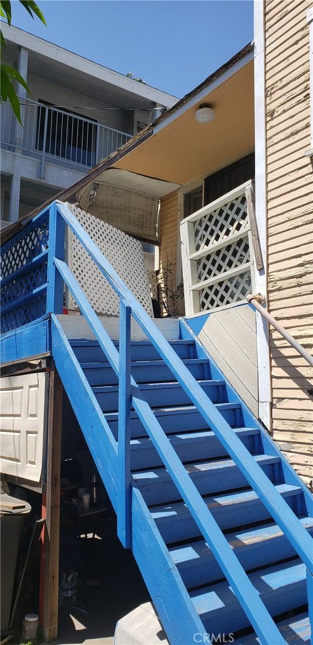 2315 E 10th Street, Long Beach, CA 90804