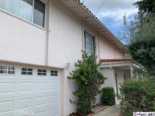23222 Aetna Street, Woodland Hills, CA 91367