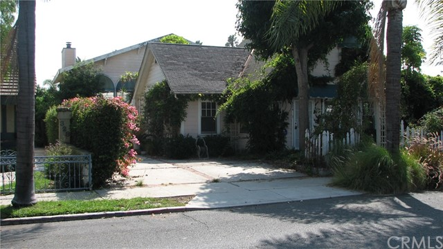 324 Ximeno Avenue, Long Beach, CA 90814