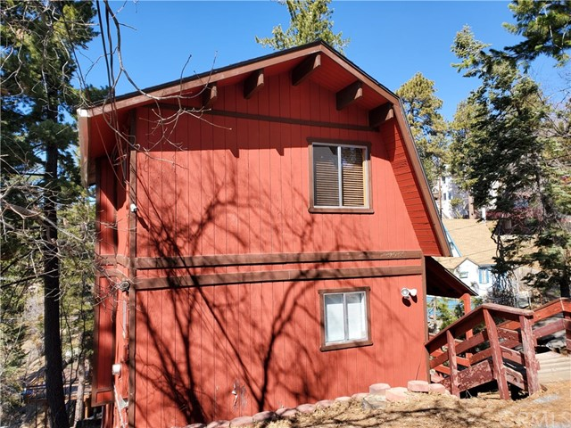 32938 Lone Pine Dr, Arrowbear, CA 92382 Photo 0