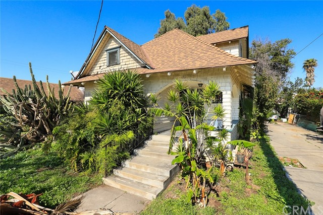 1211 E 3rd Street, Santa Ana, CA 92701