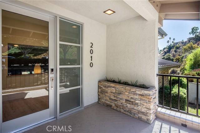 3. 2010 Linda Vista Avenue Pasadena, CA 91103