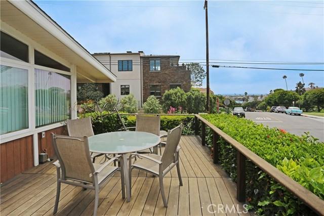 2500 1st Avenue, Corona del Mar, CA 92625