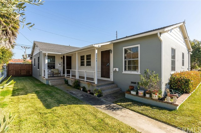 8704 El Manor Avenue, Los Angeles, CA 90045