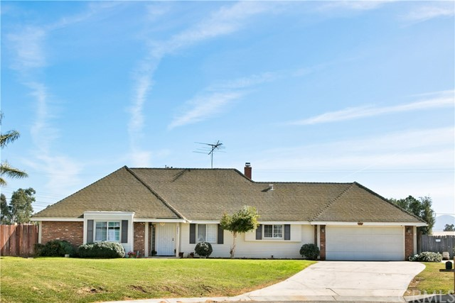 2041 Indian Horse Drive, Norco, CA 92860
