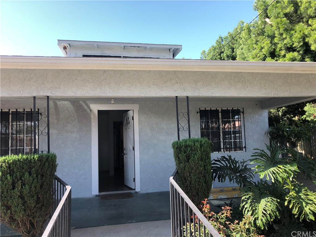 450   W 91st Place, Los Angeles CA 90003