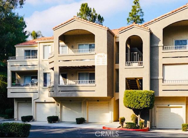 1965  Las Colinas Circle, Corona, California