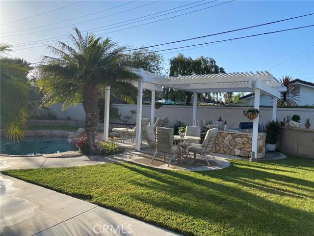 57. 2016 Calvert Avenue Costa Mesa, CA 92626